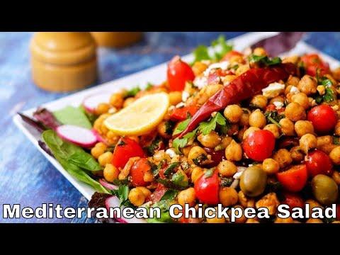 Mediterranean Chickpea Salad | The Delicious Crescent