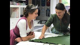 Miss Herbstfest 2018: Regina Schuhmacher bekommt Tücher und Taschen von der Fischerin