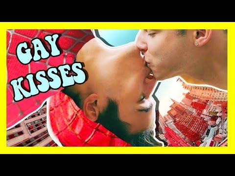 GAY SPIDERMAN KISS & TYLER'S BONER!