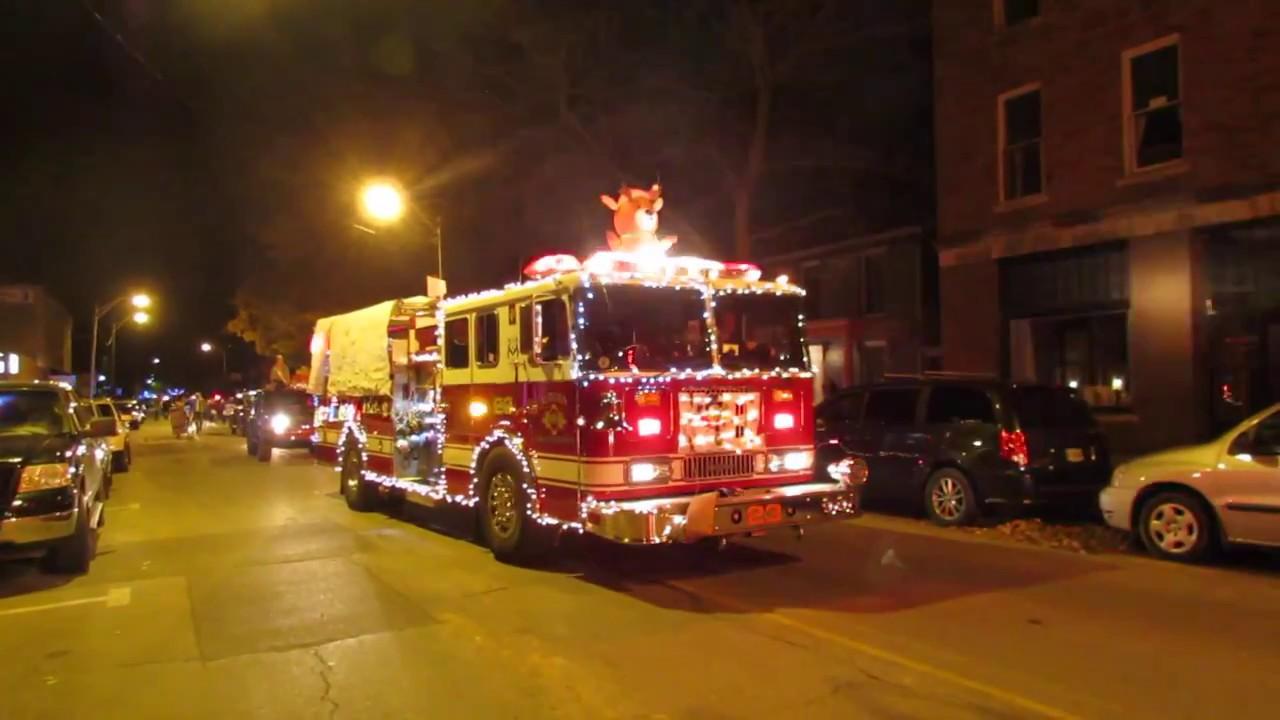 2016 Auburn Christmas parade - YouTube