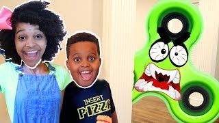 1000 MPH FIDGET SPINNER vs Shiloh And Shasha - Onyx Kids