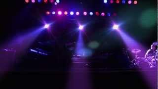 Смотреть клип Netsky - 911