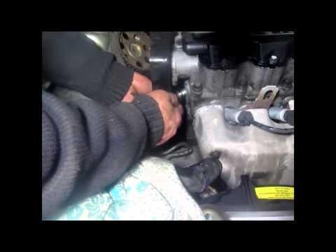 Замена термостата Ланос 1.5 видео