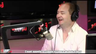 Cauet appelle la station essence de Bois d