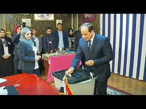 Candidates cast vote in Egypt's presidential election