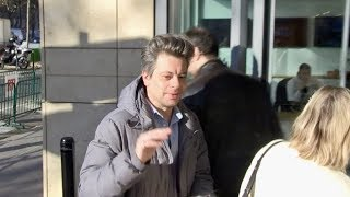 EXCLUSIVE : Benjamin Biolay arriving at RTL radio station in Paris