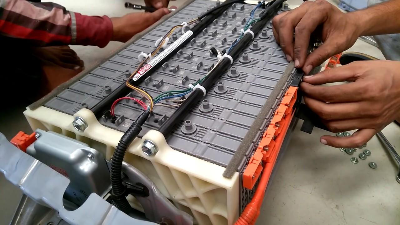toyota aqua hybrid battery fault solve without battery. Black Bedroom Furniture Sets. Home Design Ideas
