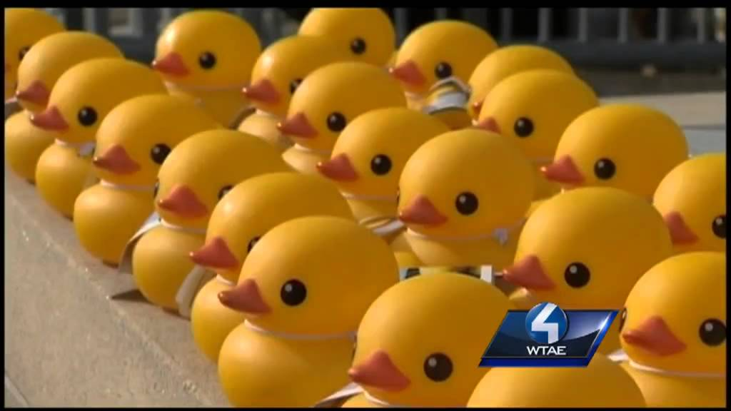Get ready for a 40-foot tall rubber duck - YouTube