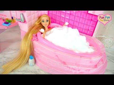 Barbie Doll Bubble Bath Shower Time! Barbie Puppe Schaumbad Duschzeit boneka Barbie Waktunya mandi