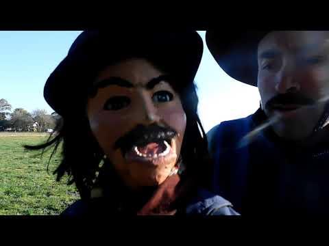PETINATTI ES ASÍ - Milonga pegando a Orlando el de la radio y la tele en Got Talent Uruguay from YouTube · Duration:  4 minutes 42 seconds