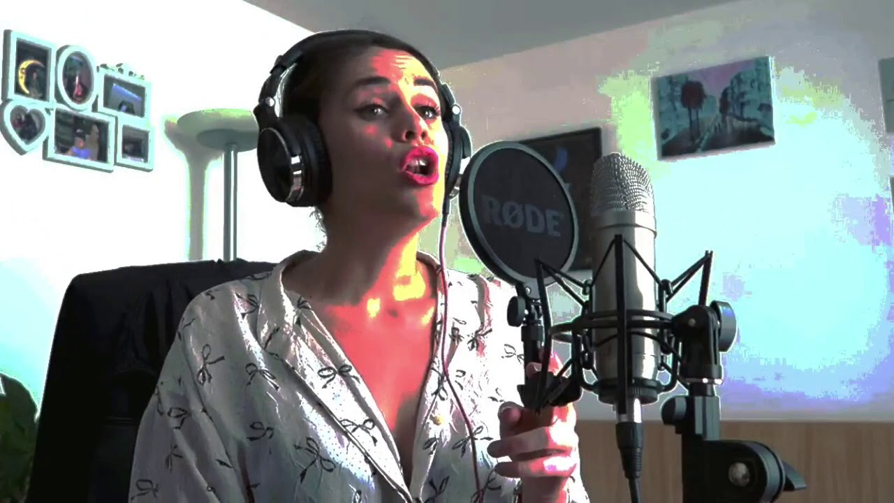 Girl on fire (Alicia Keys) - cover by Kaja