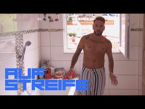 Ein Fremder im Badezimmer | Auf Streife | SAT.1 TV