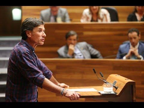 Hai que rebelase contra les polítiques fracasaes, y ponese de parte de l'Asturies real, la d'abaxo