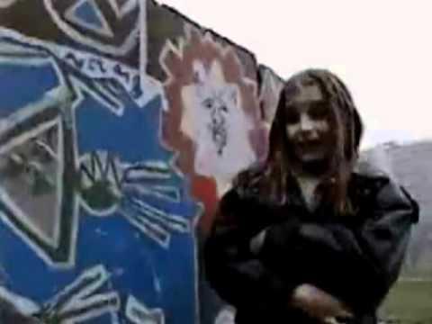 Michaela - Sprayer Frayer mp3 ke stažení