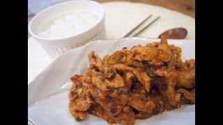 Простые корейские рецепты: джеюк поккым (제육볶음) жареная свинина с овощами