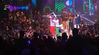 Wizkid and Davido performs Manya together at Davido's 30 billion Concert
