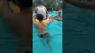 Download Video Mesum rame-rame di kolam renang MP3 3GP MP4
