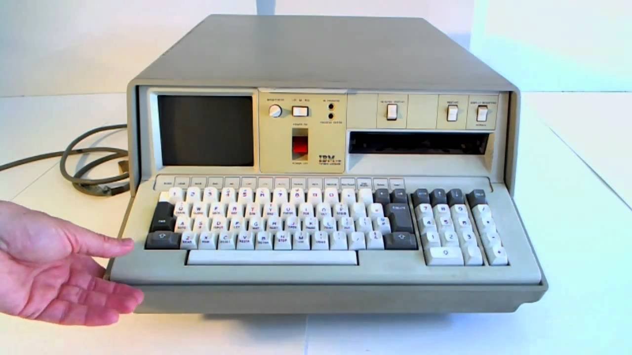 IBM 5100 computer from 1975