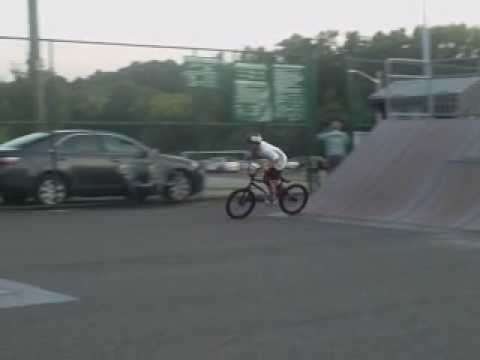 WD Skate Park : Matt Ripping it up.