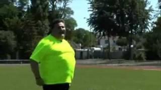 Pierre Menes joue au foot