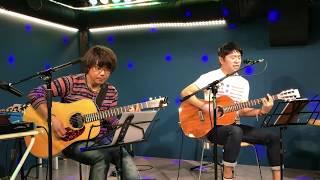 2018/10/04 南浦和 宮内家 普段は違うスタイル↓でギターを弾いてる「み...