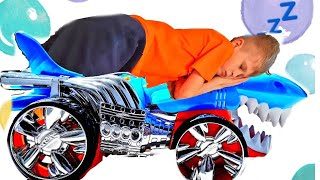 Монстр Траки Акулы Hot Wheels  мешают спать! Are you sleeping brother John!