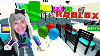 Roblox: GAME PARADIES EXPERIENCE - Nina in Toy World | ESCAPE CHUCK E CHEESE