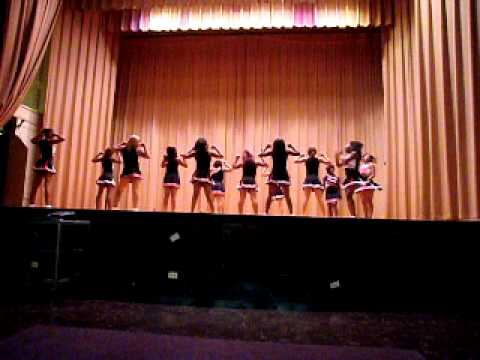 Al Raby Cheerleaders 1st Day of School 2010