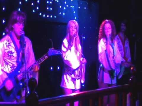 ABBA tribute band ABBA Chique