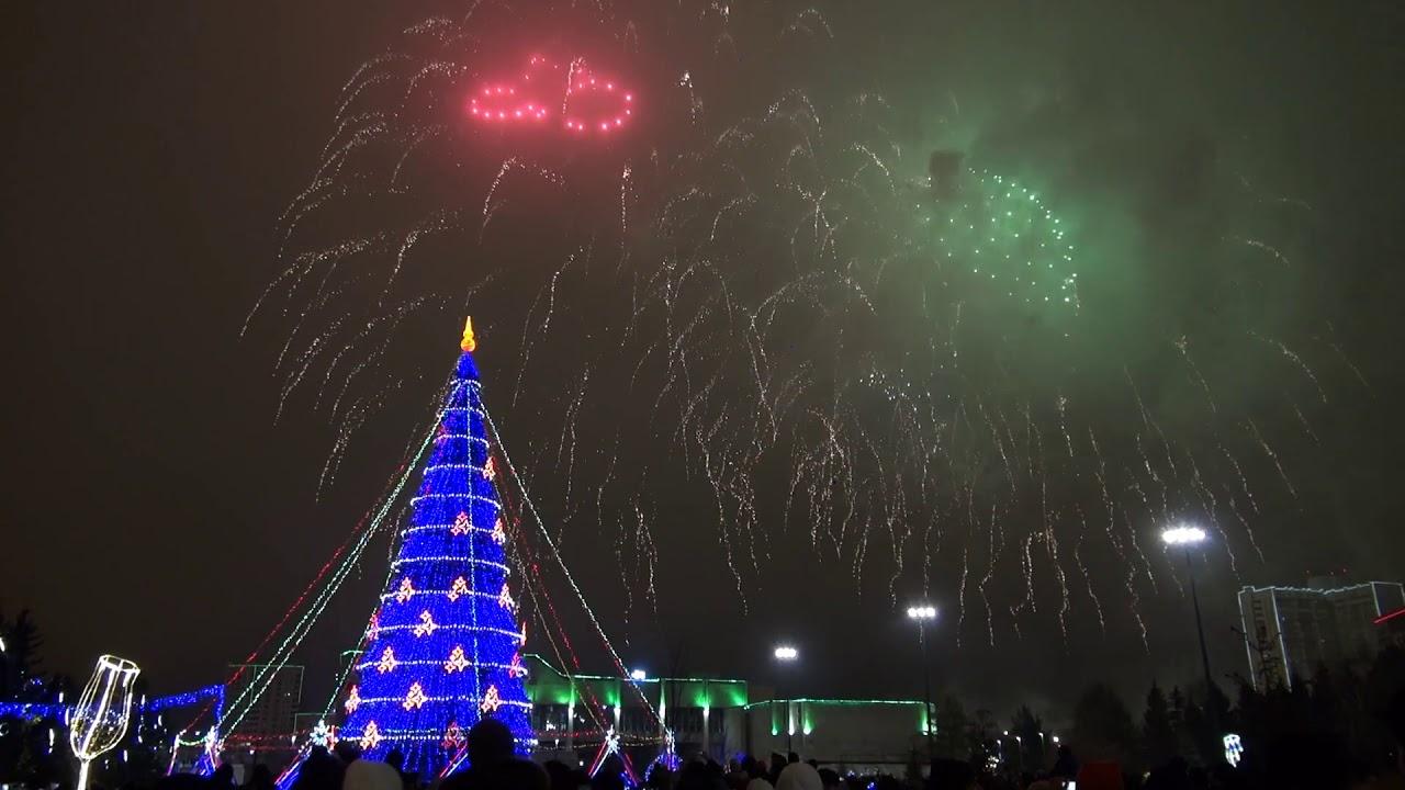 Новогодний салют в Набережных Челнах - 2020