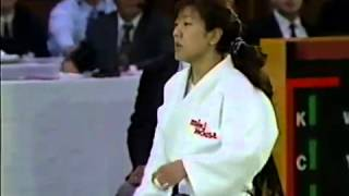 JUDO 1995 All Japan: Junko Takeda (JPN) - Megumi Yabushita 藪下 めぐみ (JPN)