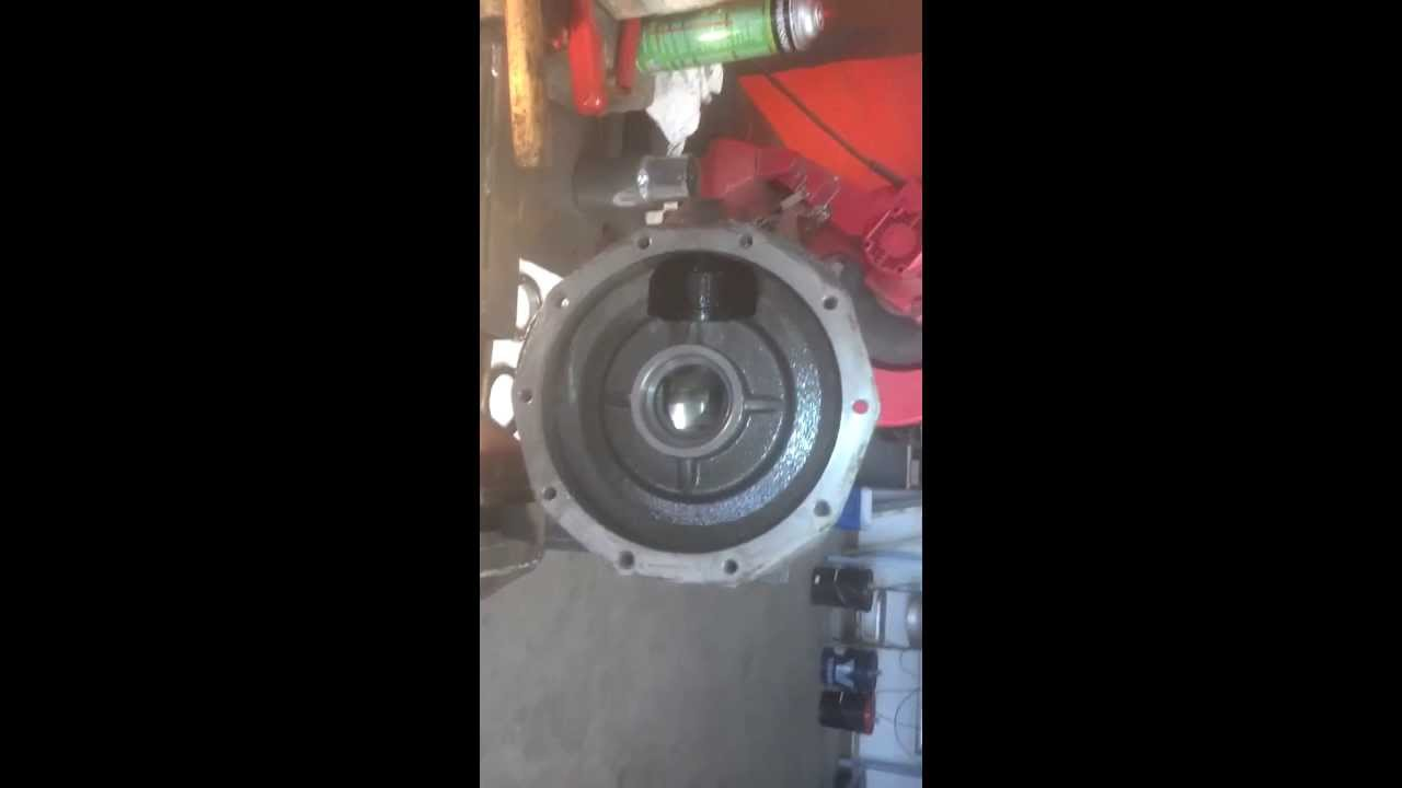 Diesel Kubota front axle gear case repair #4