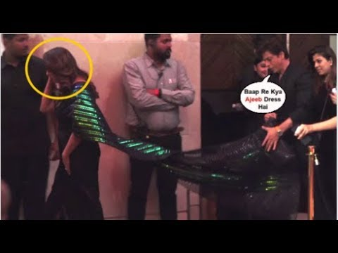 Shahrukh Khan SAVES Wife Gauri Khan From FALLING At The Red Carpet Of Vogue X Nykaa Fashion