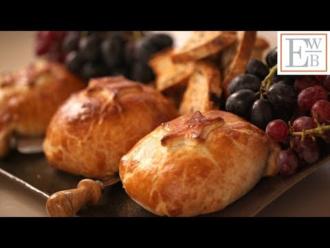 Beth's Baked Brie In Puff Pastry Recipe