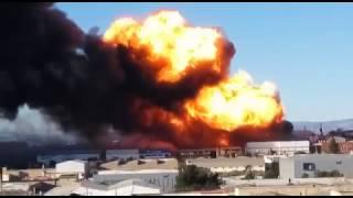 El incendio de Indukern obliga a desalojar Fuente del Jarro (1)