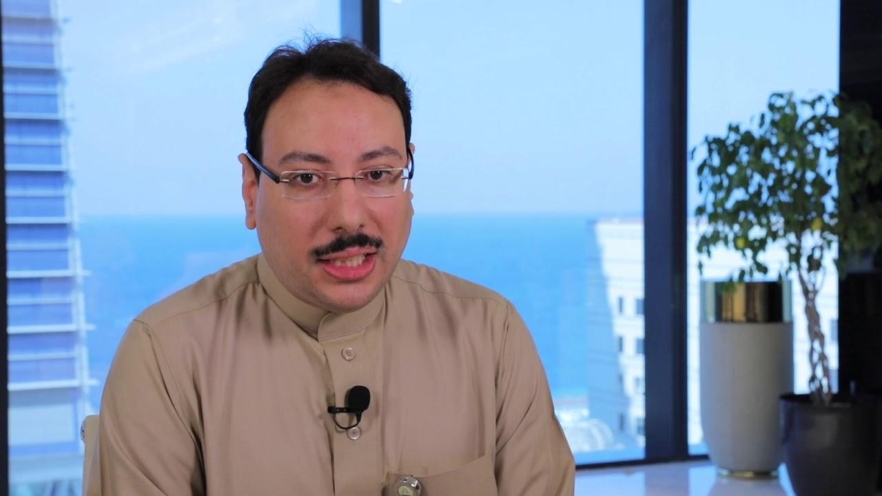الموظف أحمد اليافعي يتحدث عن الصعوبات التي واجهها في بداية مسيرته المهنية و كيف تغلب عليها