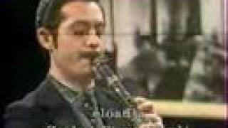 Zsákai Piros László klarinétozik Thumbnail