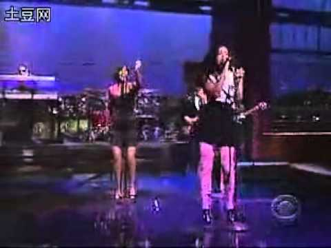 Solange Sandcastle Disco live on David Letterman 2008