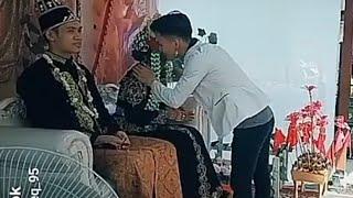 viral 2019 !!! di tinggal nikah mantan, bertingkah konyol di depan umum