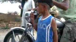 Desi punjabi kid singing funny songs-- yaar anmule