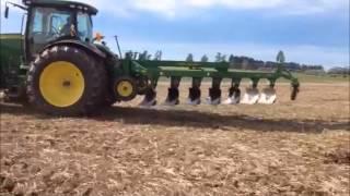 John Deere 995 7 furrow Reversible Plough with 8310R