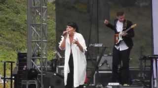 Jessie Ware - Sweet Talk (Live at Outsidelands)