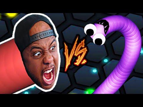 SNAKE VS SNAKE! | Slither.io