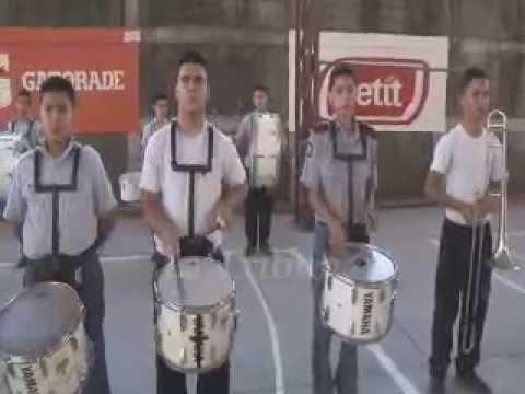 Banda marcial Nido de Aguilas se prepara para fiestas nacionales