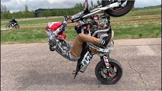 12 vuotiaan stunt lupauksen Teemu Suomelan minicrossin teippaus.