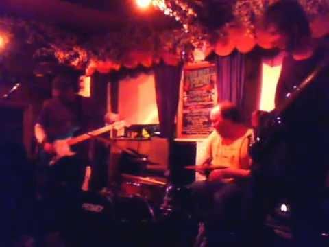 B.D. Lenz Trio - LIVE! at the Bell Inn -...