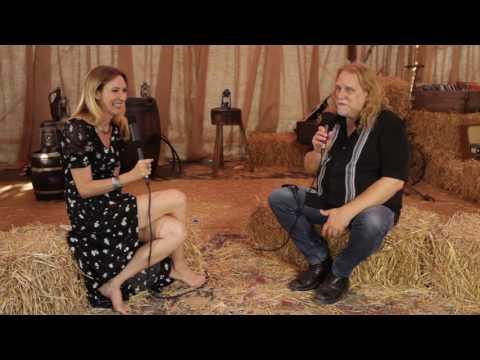 Warren Haynes Interview At Ramblin' Man Fair 2016 (uDiscoverMusic.com Interview)