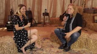 Warren Haynes Interview At Ramblin' Man Fair 2016 (uDiscoverMusic.com Interview) thumbnail