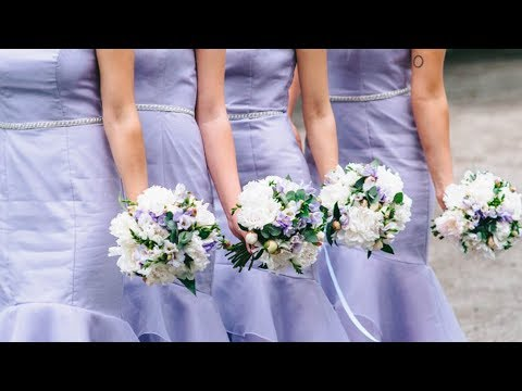 The Real Reason That Bridesmaids All Dress The Same