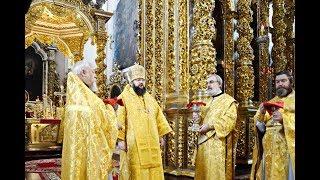 Митрополит Исидор возглавил воскресное богослужение в кафедральном храме